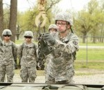 Field Artillery Training Integrates Women into Combat Specialties