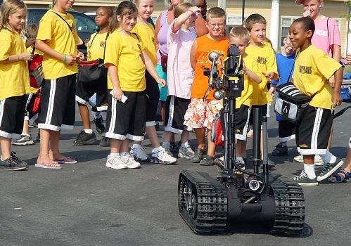 Robotics Help Explosive-Handling