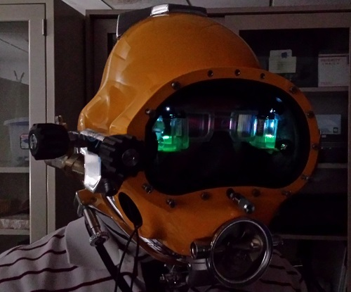 Next Generation HUD for Diving Helmets