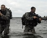 New York Army Guard Soldiers Take to the Water, Train on Small Boat Insertion Techniques
