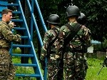 U.S. Marines Show Philippine Forces 'The Ropes'